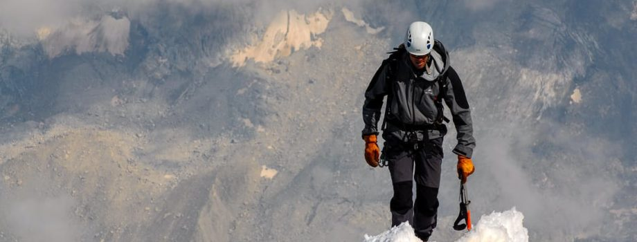 How to choose your mountain hiking shoes