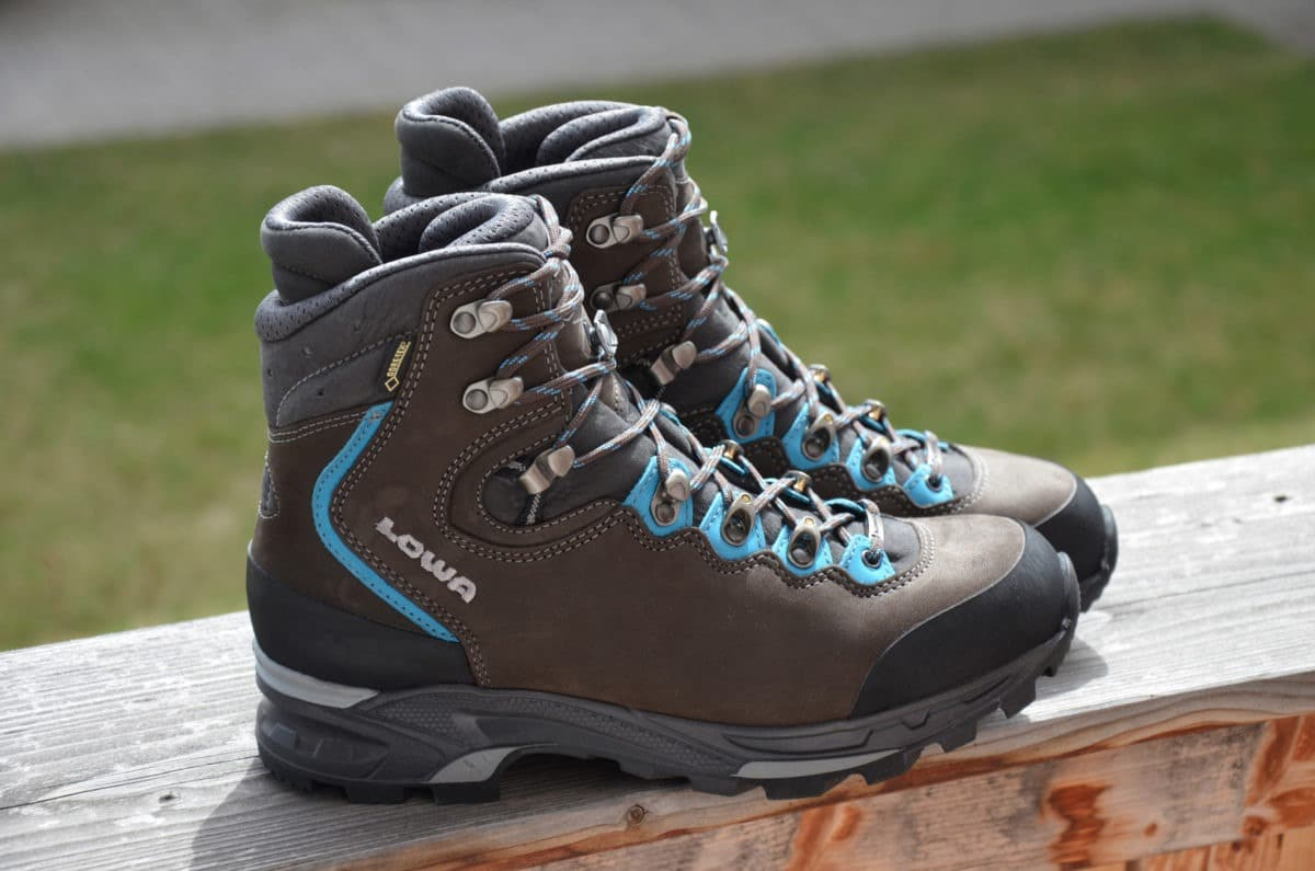 How to Best Choose your Mountain Hiking Boots and Shoes?