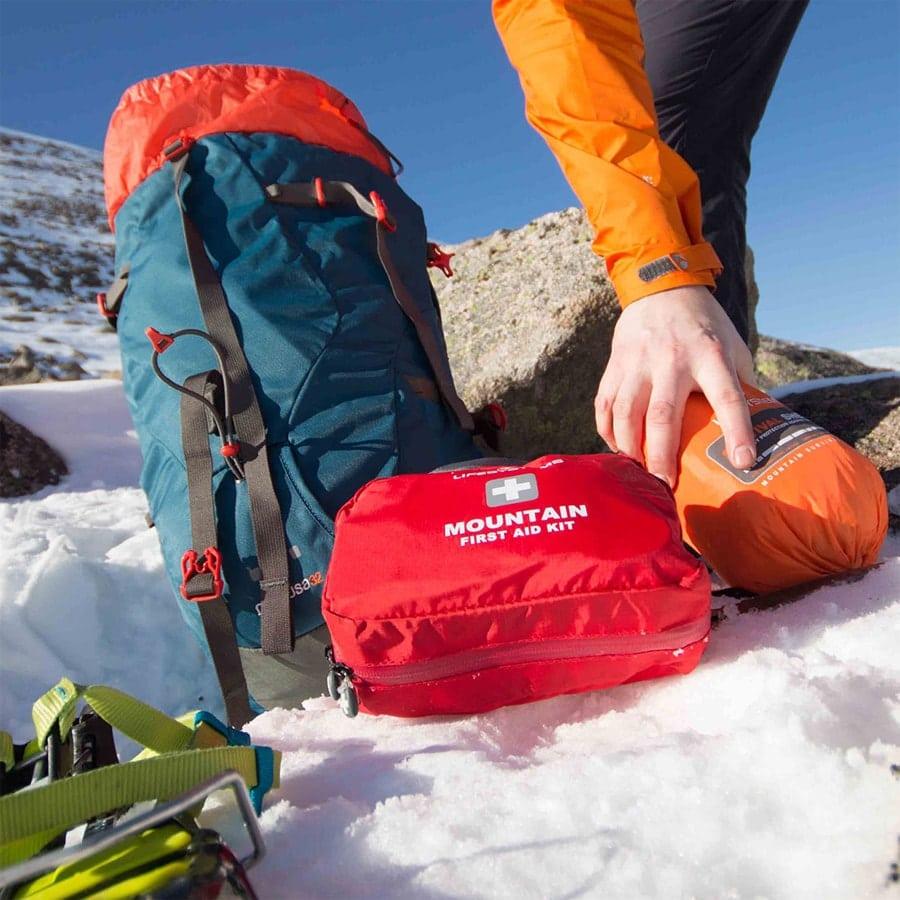 Mountain emergency kit