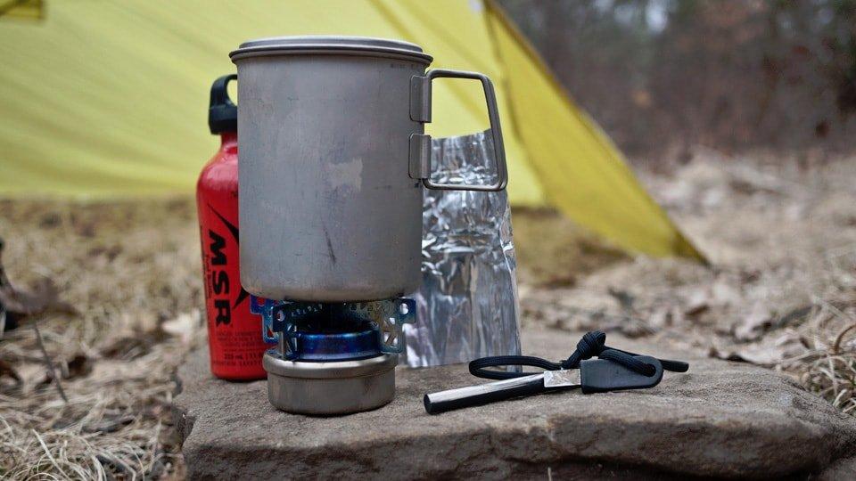 Hiking alcohol stove