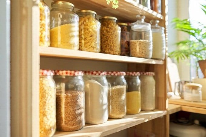 pasta rice in jars
