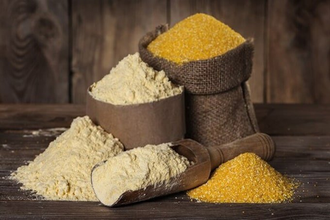 Corn flour and corn grits