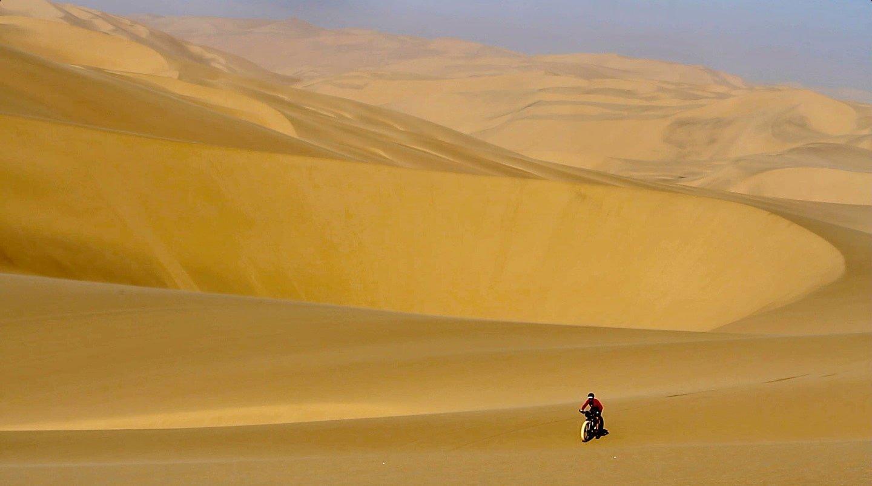 Crossing the Namib Sand Sea